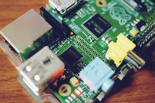 5 IDE per sviluppare con Raspberry Pi