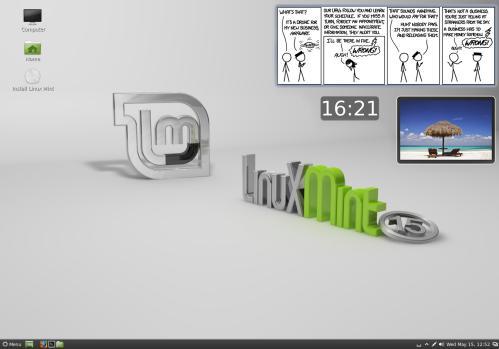Cinnamon 1.8 e le sue Desklets su Linux Mint 15 (fonte: www.linuxmint.com)