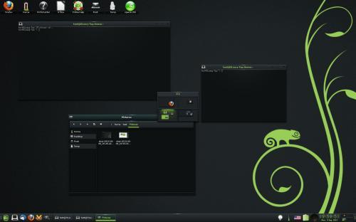 Il nuovo tema di Enlightenment su OpenSUSE 13.1 (fonte: simotek.net)