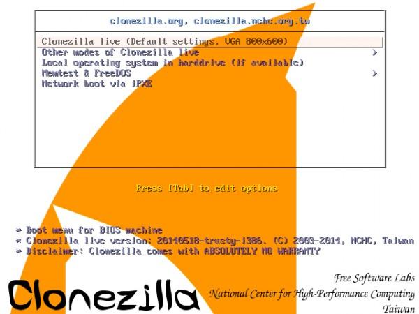 Il menu di GRUB su Clonezilla Live