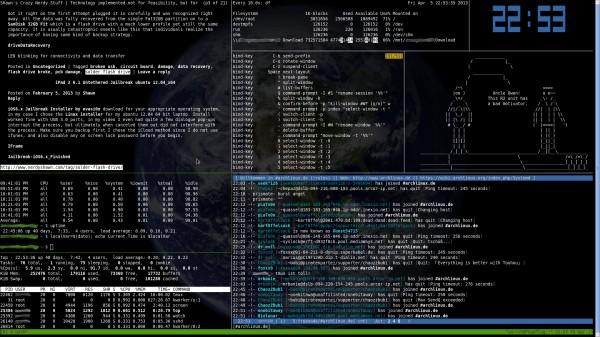 Gli output di alcuni terminali gestiti tramite un terminal multiplexer