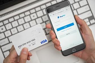 PayPal: guida alle funzioni online e app utili