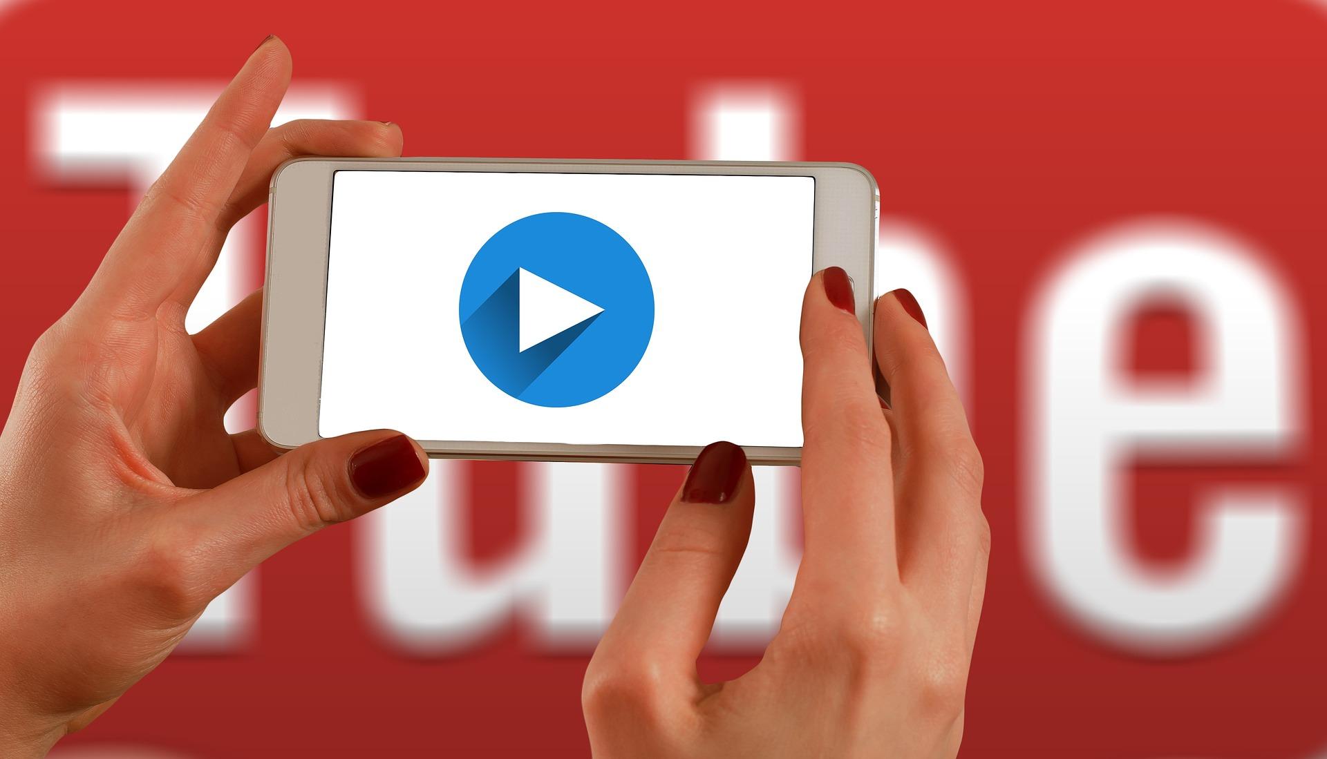 """YouTube diventerà un """"vero"""" social network, quali opportunità per il Web marketing?"""