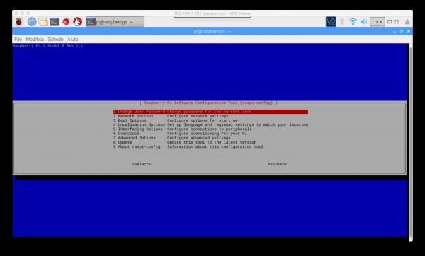 Interfaccia di raspi-config su terminale Raspbian