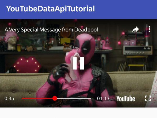 Visualizzazione del trailer di un film tramite il YouTubePlayerView