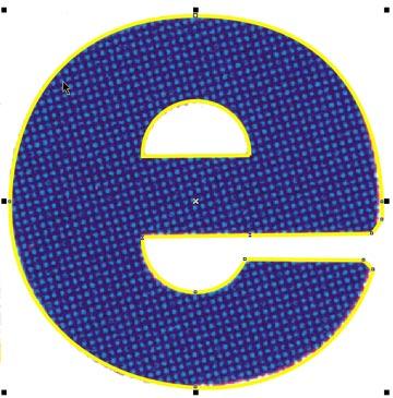 Il contorno esterno della 'E' appare completo